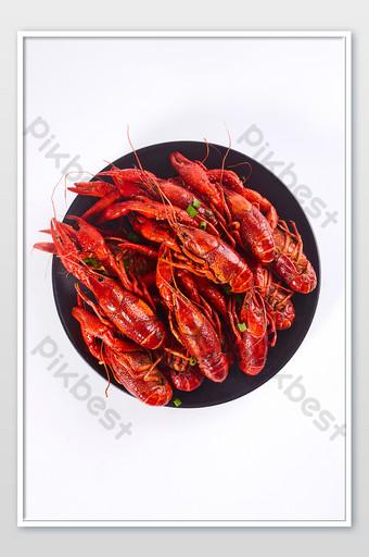 cangrejo rojo picante plato de porcelana negro fondo blanco fotografía de alimentos imagen Fotografía Modelo JPG
