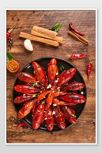 大蒜小龍蝦木桌辣椒辣五香食品攝影圖片 攝影圖 模板 JPG