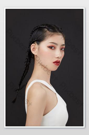 Été sexy combat tresse cool fille beauté maquillage couverture de l'affiche du magazine La photographie Modèle JPG