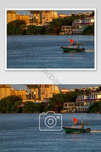 الصيف بحيرة قارب مدينة التصوير الصناعي سفينة التصوير قالب JPG