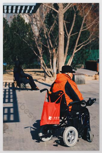 Orange serene urban district elderly people photography pictures Photo Template JPG